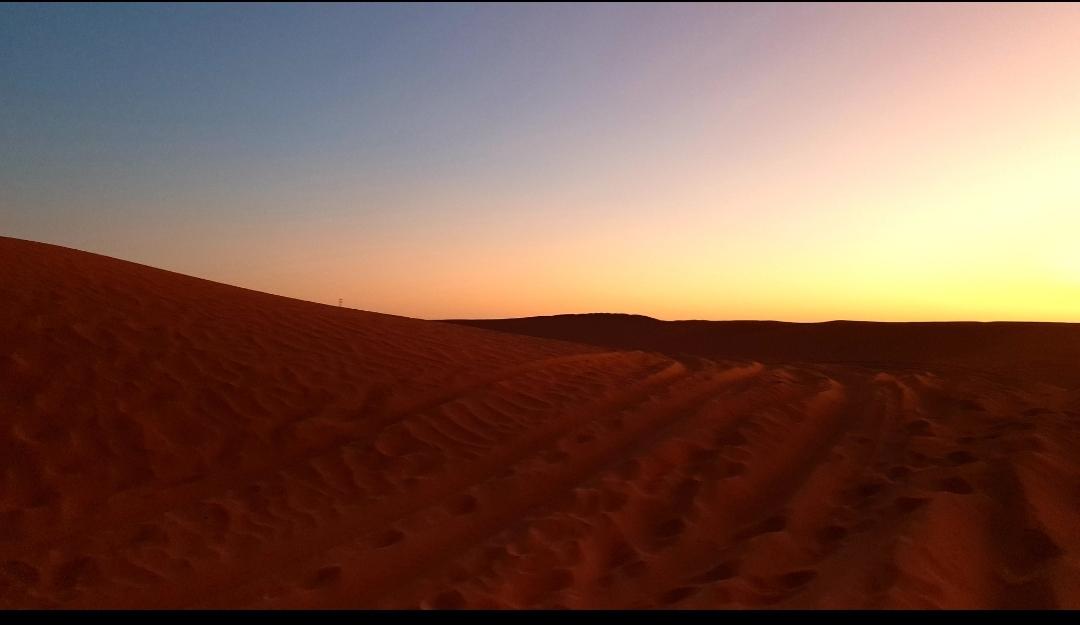 dunes ciel magnifique du bleu au rose en passant par le mauve