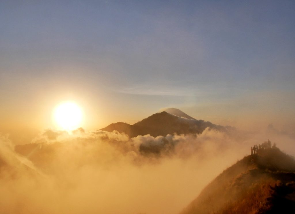 Illustration séjours CtrekFusion, levé de soleil à Bali